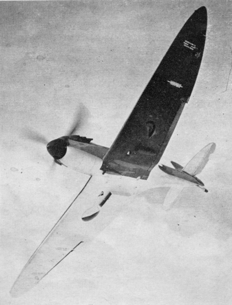 Factory finish from Feb. To May 1940. Night, White and Aluminium under surfaces. 35in Type A fuselage roundel.