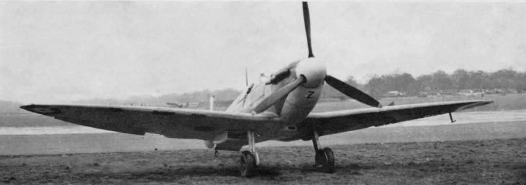 P7490, LZ-Z of No.66(F) Squadron. The port wing is Night with remainder of under surfaces Sky. Roundel on port wing outlined yellow