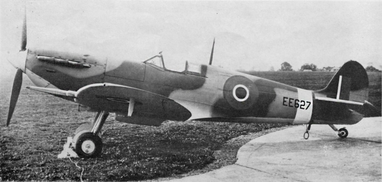 Spitfire Mk. VC. Note the crudely sprayed Dark Green areas. Special masking mats which gave a sharp edge to the Dark Green areas, were usually used to mark out the camouflage pattern