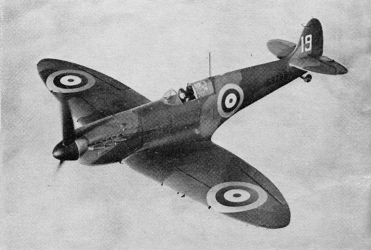 Spitfire Mk. I, K9795, with the number '19' in White. 'A' scheme pattern, 56in. Type AJ wing roundels and 35in. Type A.1. fuselage roundels. Propeller is painted in Night, with Yellow tips (4in. long).