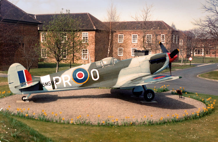 Spitfire BM597 Linton on Ouse
